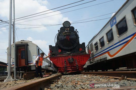 Kereta uap untuk wisata