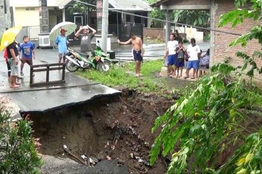 Cegah longsor, Gubernur Jateng ajak lakukan reboisasi