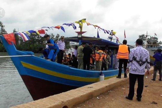 Peluncuran Kapal Latih untuk siswa SMK Pelayaran dan Perikanan