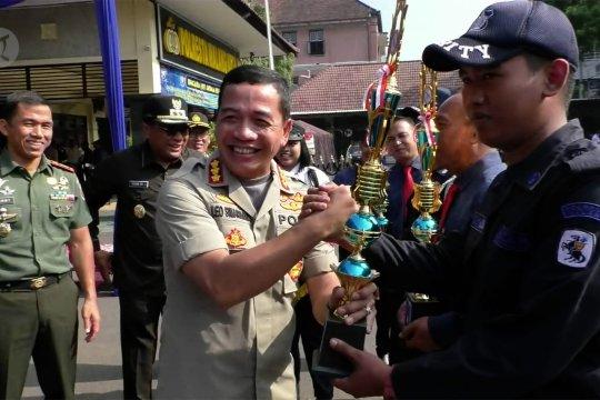 Satpam partner utama polisi jaga kamtibmas di perusahaan dan mall