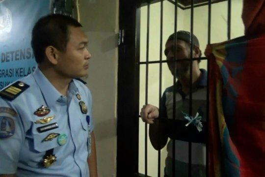 2019, Kantor Imigrasi Sukabumi deportasi 27 WNA