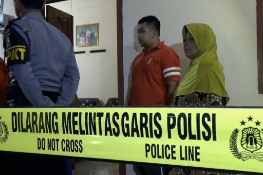 Petugas amankan penemuan dua granat aktif di rumah Purnawirawan Polri