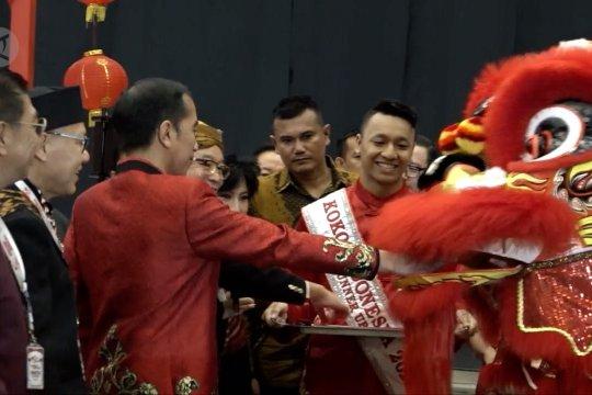 Presiden Jokowi kenakan cheongsam di perayaan Imlek Nasional