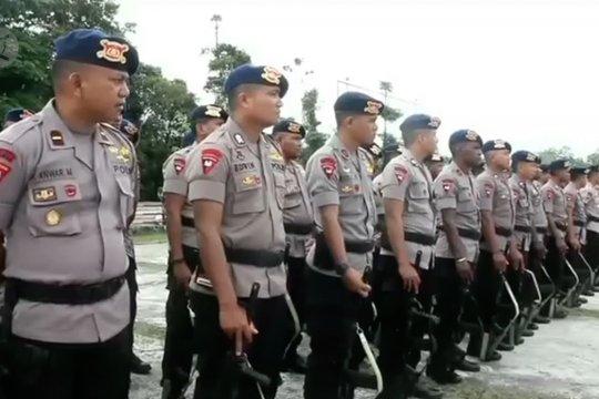 Personel Brimob Polri bantu pengamanan di Papua