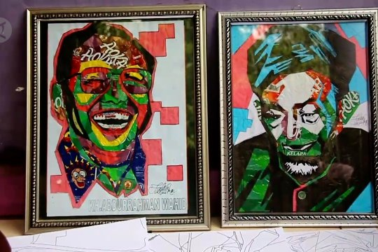 Lukisan wajah dari sampah plastik