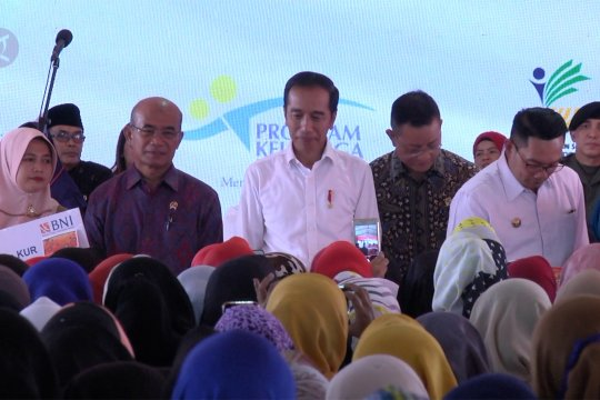 Jokowi naikkan bantuan PKH untuk ibu hamil jadi  Rp3 juta per tahun