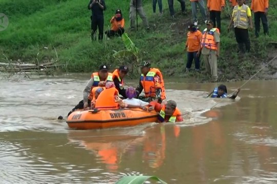 Madiun gelar simulasi penanggulangan banjir