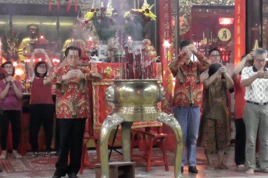 Sambut Imlek, umat Tionghoa Semarang doakan Indonesia makmur