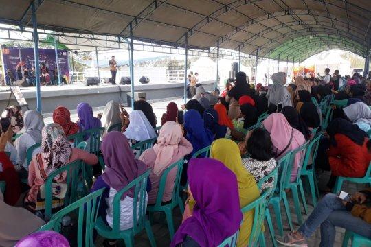 Ratusan perempuan penyintas bencana ikut festival pasar terintegrasi