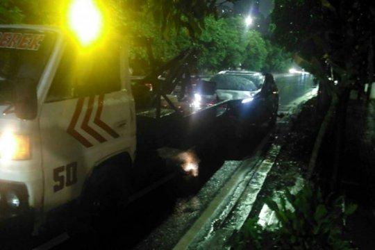 Sabtu pagi dua kecelakaan lalu lintas terjadi di Jakarta