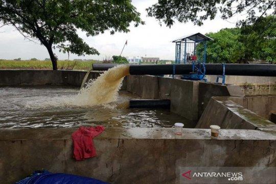 PUPR kerahkan pompa penyedot kapasitas 700 liter/detik atasi banjir