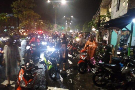 Ketua DPRD Surabaya dukung upaya penanganan banjir Wali Kota Risma