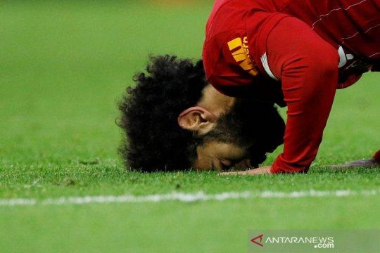 """Mo Salah sambut Ramadan, Ozil rilis koleksi fesyen """"Ramadan Mubarak"""""""