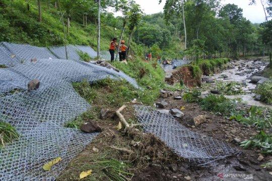 Perhutani lakukan identifikasi penyebab banjir bandang Jember