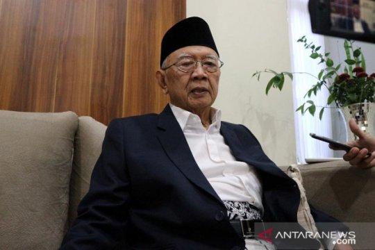Santri Tebuireng Jombang doakan kesembuhan Gus Sholah