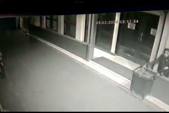 Kotak amal Masjid di Jaksel dibobol, polisi olah TKP