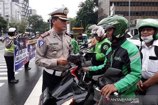 Kemarin, pencuri ditembak polisi hingga hari pertama tilang elektronik