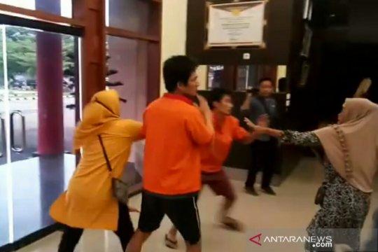 """Tujuh orang bersaksi terkait perampokan oleh sopir taksi """"online"""""""