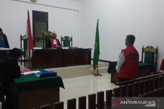 Terdakwa penjual amunisi divonis enam tahun dan lima tahun penjara
