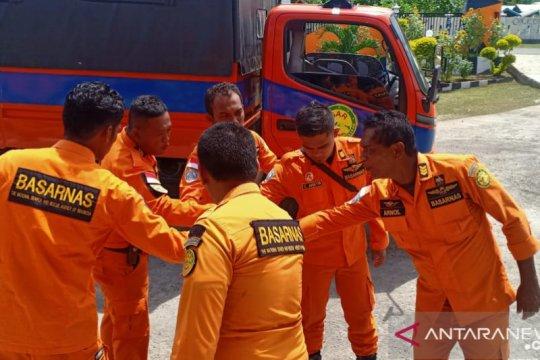 Basarnas Maumere kerahkan tim SAR cari nelayan hilang