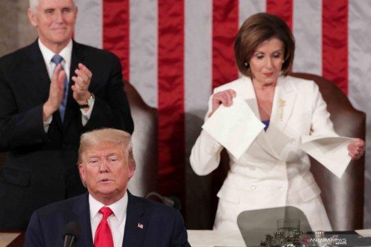 Perseteruan antara Presiden Donald Trump dan Ketua DPR AS semakin meruncing