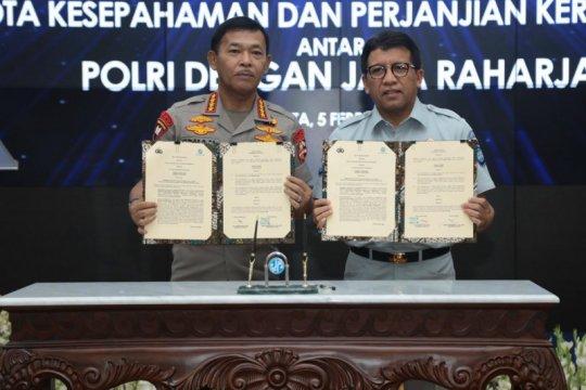Polri-Jasa Raharja tanda tangani MoU data laka lantas-ranmor online