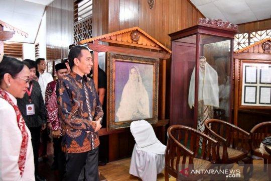 Presiden Jokowi sambangi rumah pahlawan nasional Fatmawati Soekarno