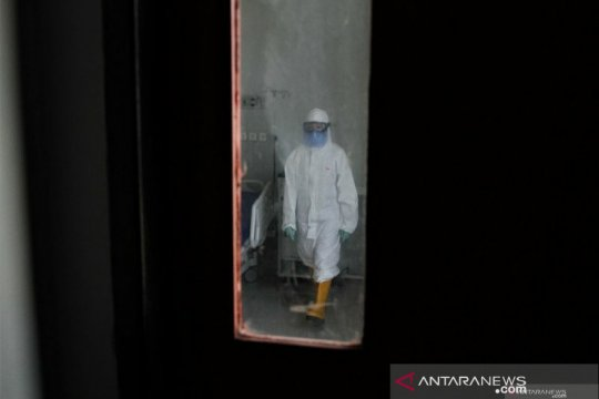 Pasien diduga terpapar virus corona di Kendari diisolasi  tujuh hari