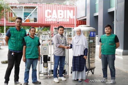 FTI UMI berikan bantuan penyaring air siap minum kepada ACT Sulsel