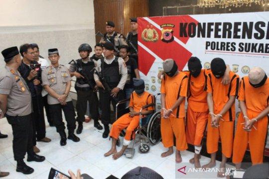 Polisi Sukabumi tembak dua anggota geng motor pelaku penganiayaan