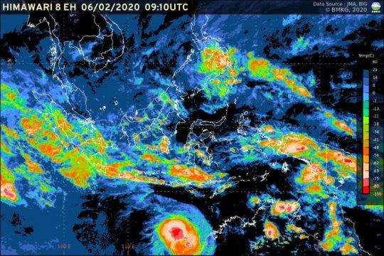 BMKG: Waspada gelombang tinggi di sejumlah perairan Indonesia