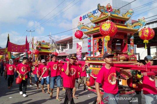 Menteri Agama lepas ratusan peserta festival CGM Singkawang
