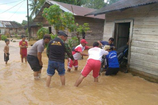 205 rumah di Ranah Batahan Pasaman Barat terendam banjir