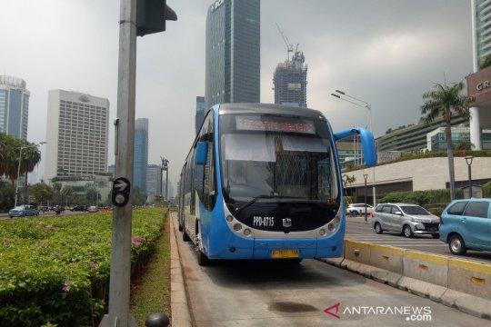 TransJakarta tambahkan 20 armada untuk angkut penumpang di Manggarai