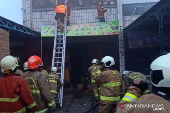 Seorang pegawai tewas dalam kebakaran kafe di Jatinegara