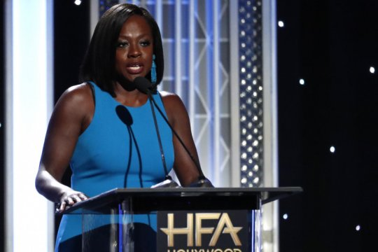 Viola Davis akan perankan Michelle Obama di serial televisi