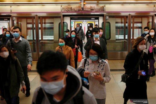 Polisi Hong Kong tertular virus corona, dikhawatirkan menjalar