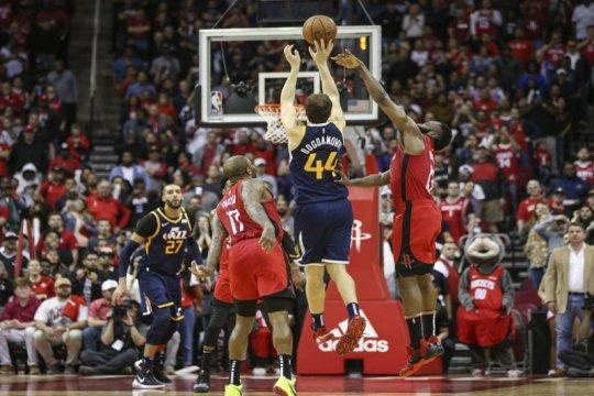 "Tembakan tiga angka Bogdanovic saat ""buzzer"" bawa Jazz bungkam Rockets"