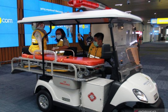 Ambulance golf car siaga 24 jam