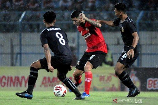 Nil Maizar nilai Brian Ferreira bawa aura positif untuk pemain Persela