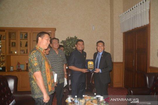 DPRD Jambi terima kunjungan Menteri Senior Singapura