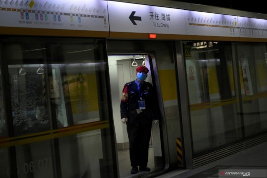 Pengamanan Beijing diperketat pascapelarian pasien corona dari Wuhan