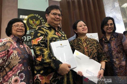Menko Airlangga serahkan draf Omnibus Law Cipta Kerja ke DPR RI