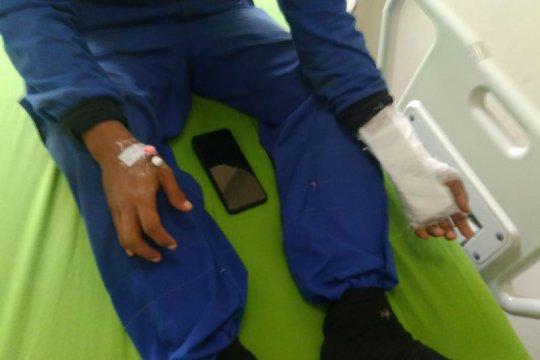 Seorang petugas SDA Jaktim dilaporkan terkena gigitan kobra