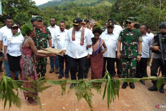 Wamen PUPR tinjau pembangunan infrastruktur di Kabupaten Tambrauw