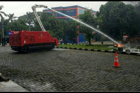 Antisipasi keamanan LRT-MRT, DKI tengah ujicobakan robot pemadam