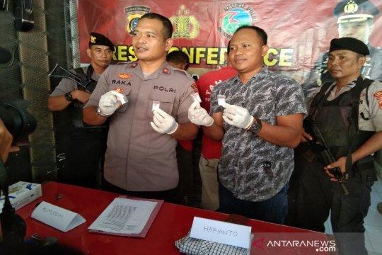 Polres Kendari tangkap dua pengedar narkotika jenis sabu-sabu