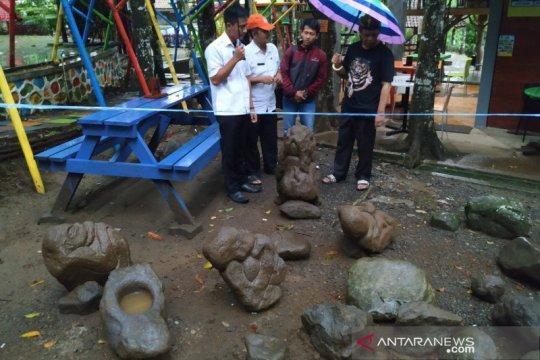 Pemkab Tasikmalaya akan telusuri silsilah patung wisata Batu Mahpar