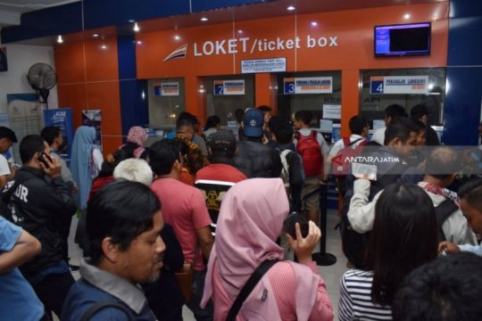 KAI Madiun umumkan penjualan tiket Lebaran mulai dilayani H-90
