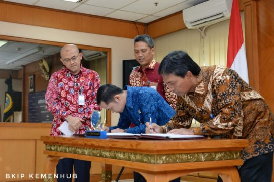 Proyek jembatan penghubung Pelabuhan Patimban ditandatangani